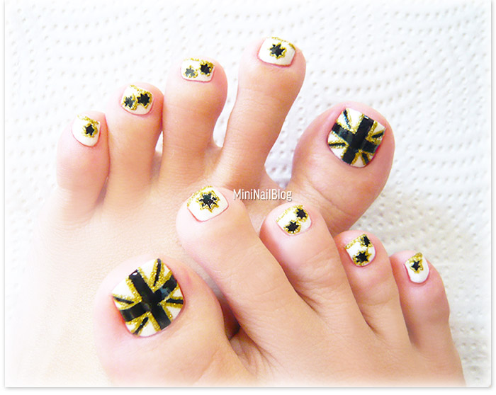 Australian Flag Pedicure