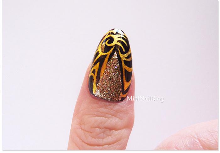 Aztec Gold Nail Art