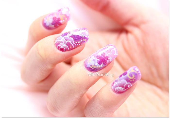 Airbrush Floral Nail Art