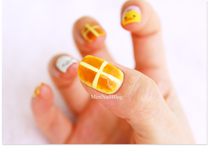 Hot Cross Buns Nail Art