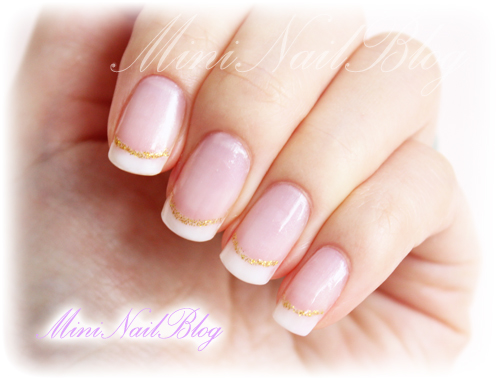 French manicure w gold line