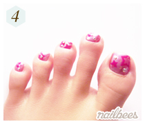 Airbrushing Toe Nail Art Complete