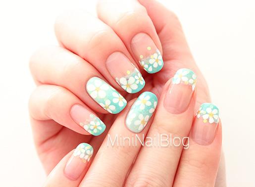Mint Flower Nail Art