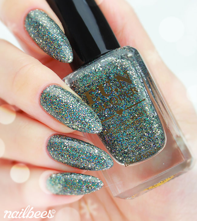 FUN Lacquer Snow In The Rainbow Night